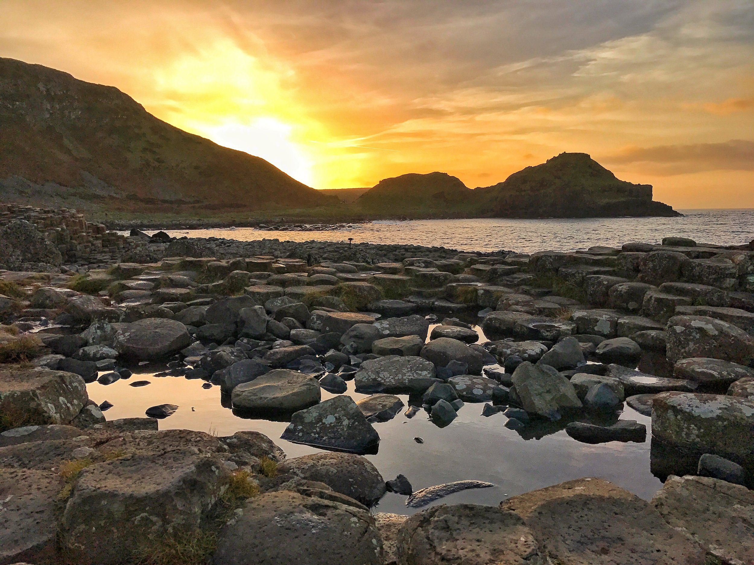 If one can manage it, sunset is an excellent time to visit the Giant's Causeway.