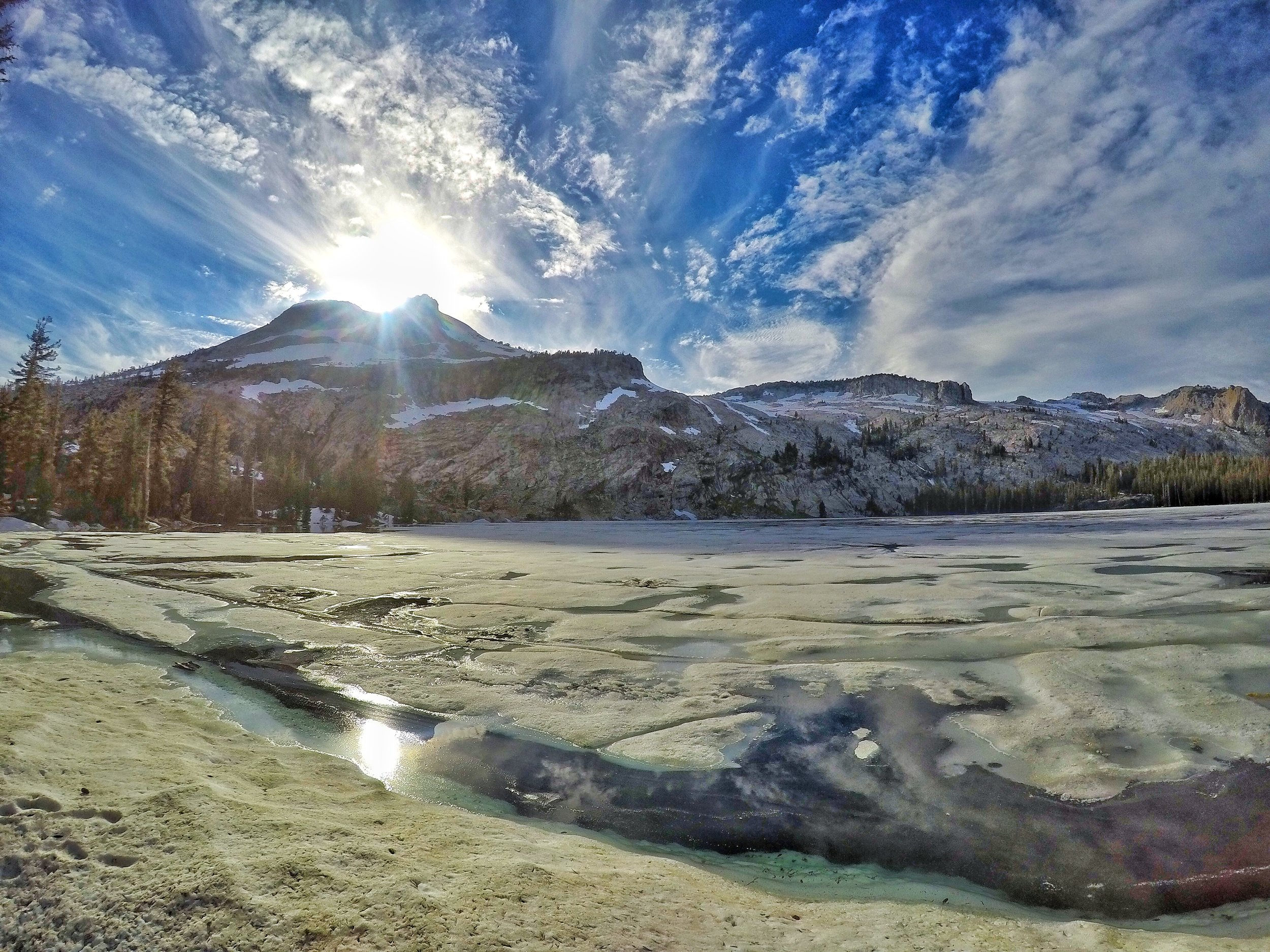 During the winter, the lake freezes, providing a spectacular winter scene for visitors.