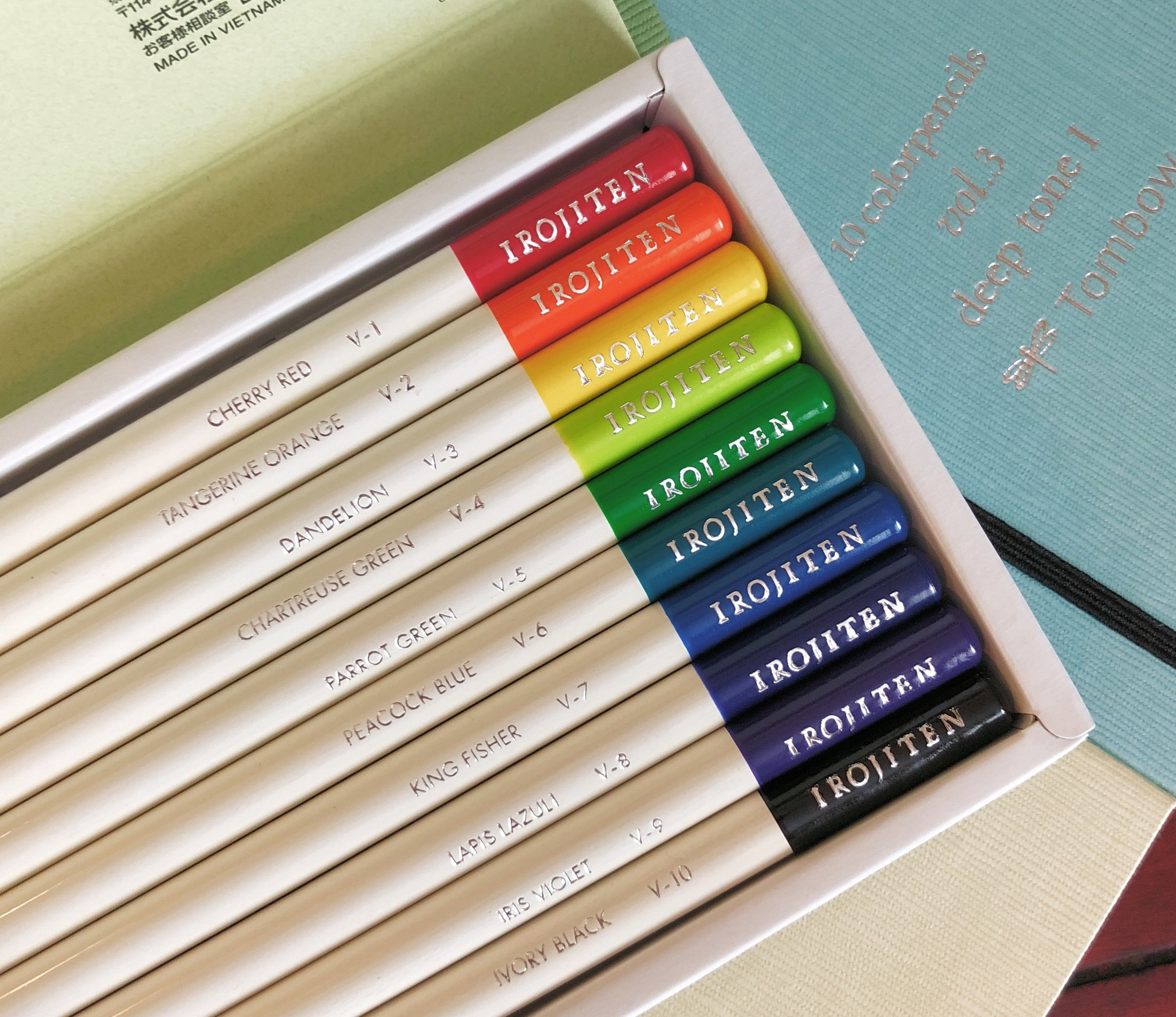 Tombow Irojiten Color Dictionary Color Pencil Shades