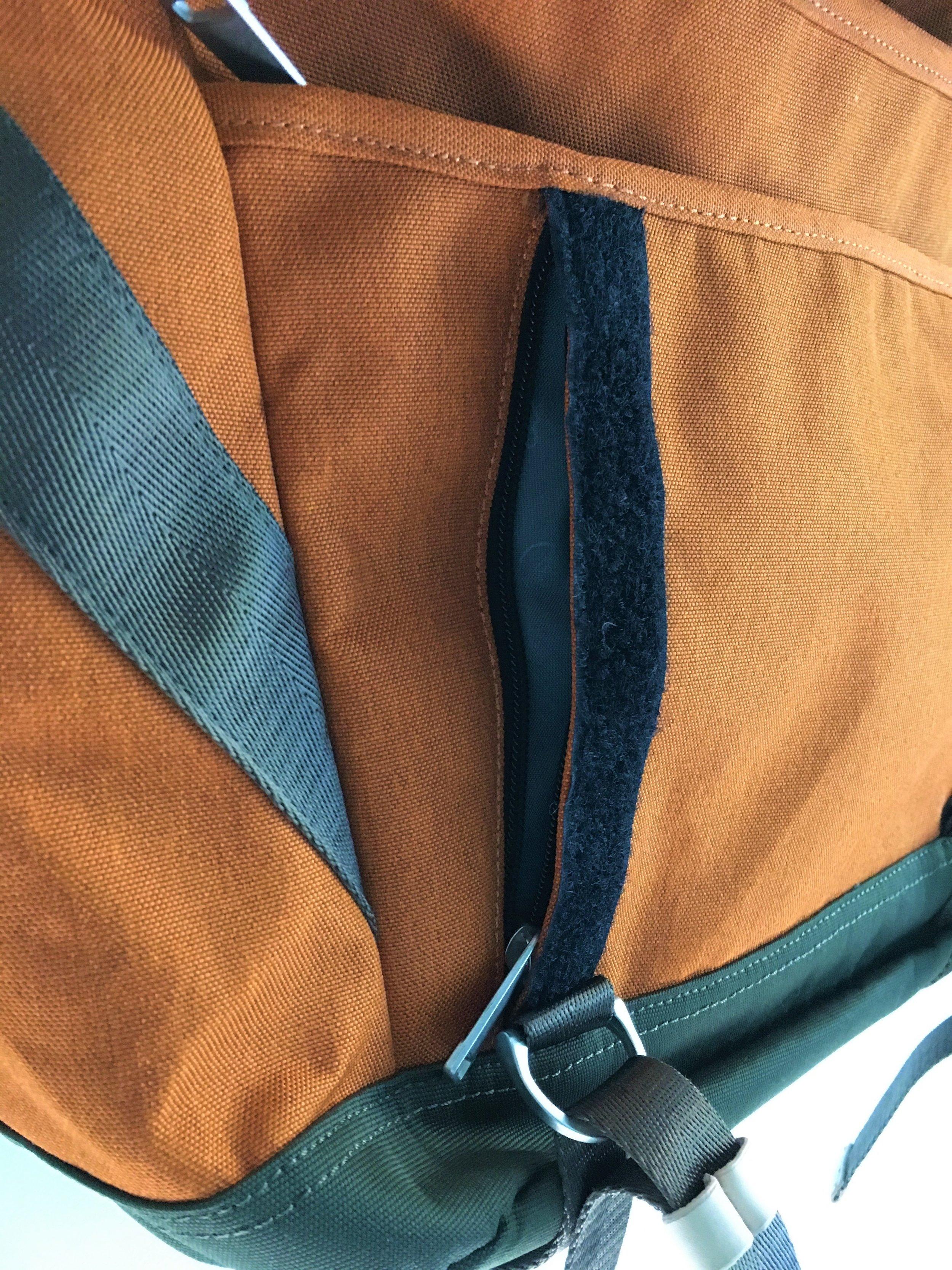 Doughnut Denver Messenger Bag Back Pocket