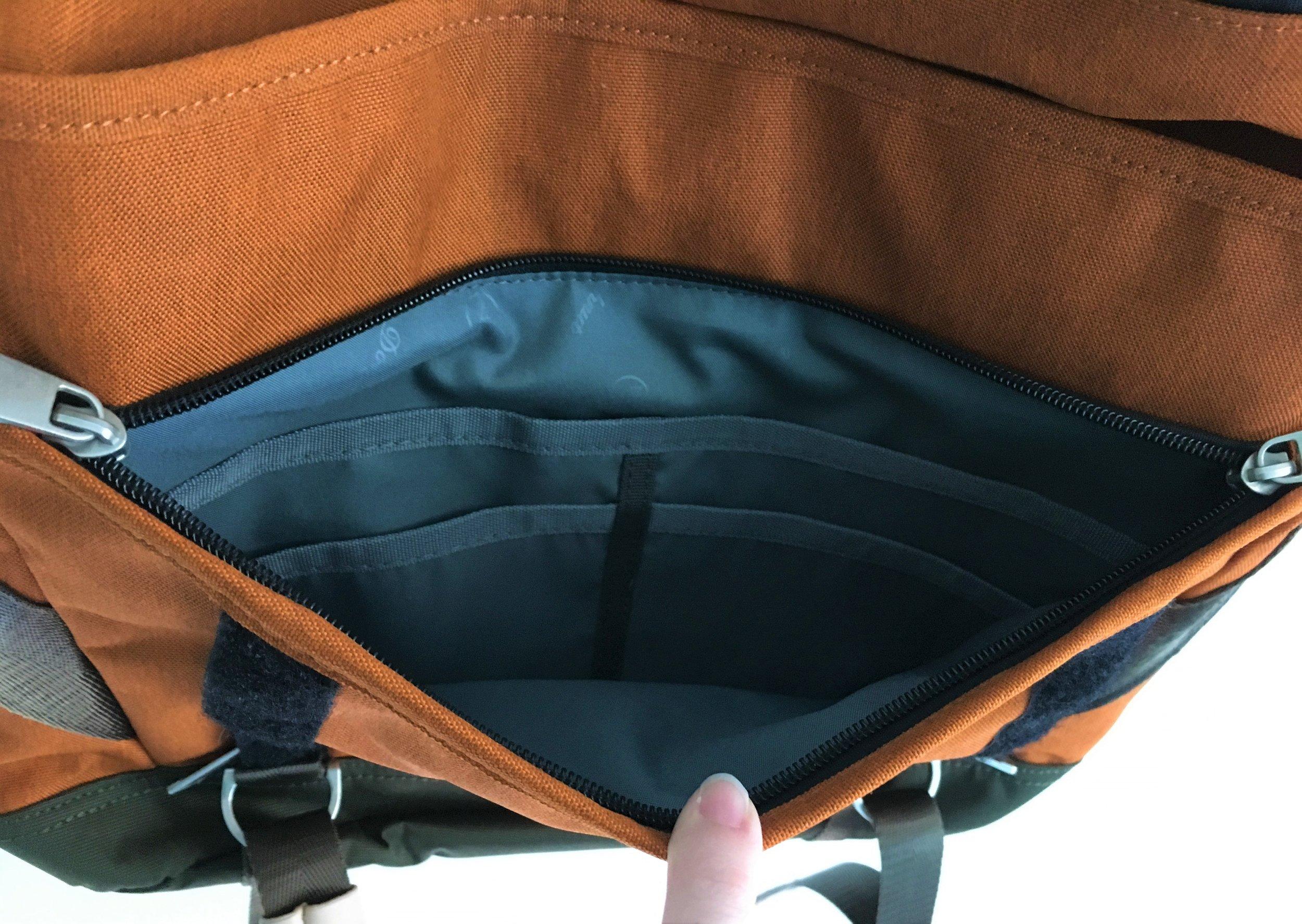 Doughnut Denver Messenger Bag Internals