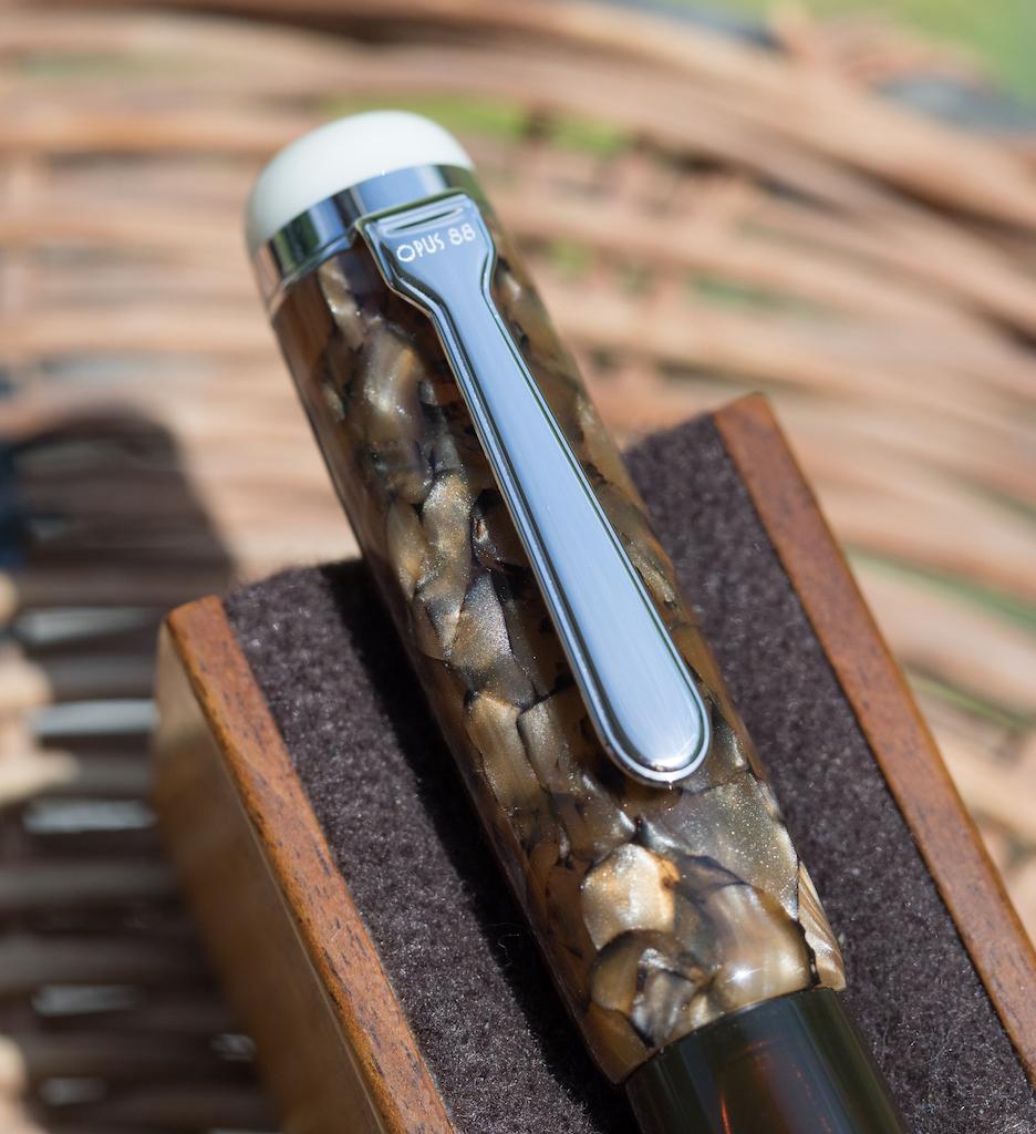 Opus 88 Omar Tiger Eye Fountain Pen Cap