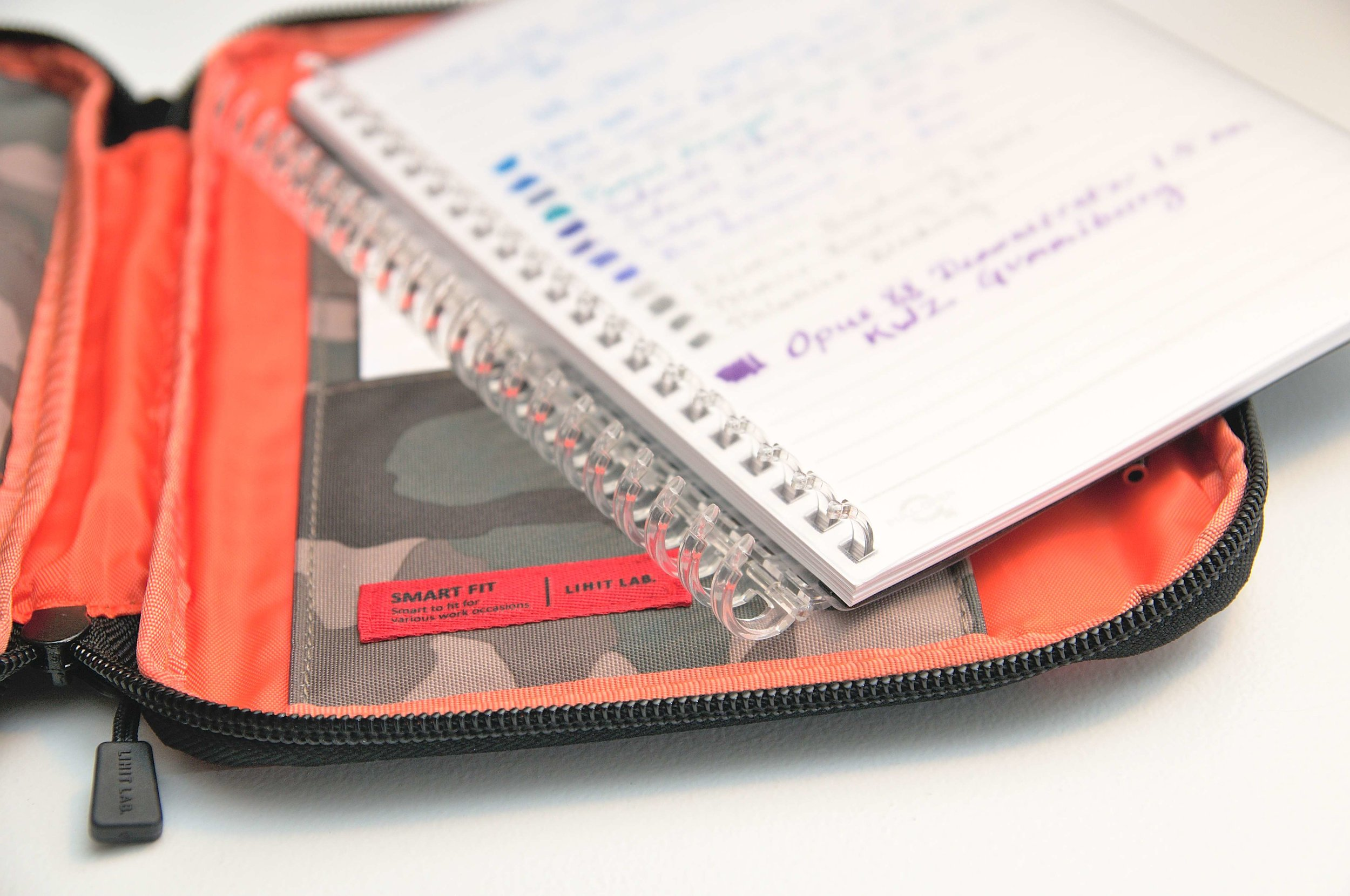 Lihit Lab Smart Fit B6 Carrying Pouch Notebook