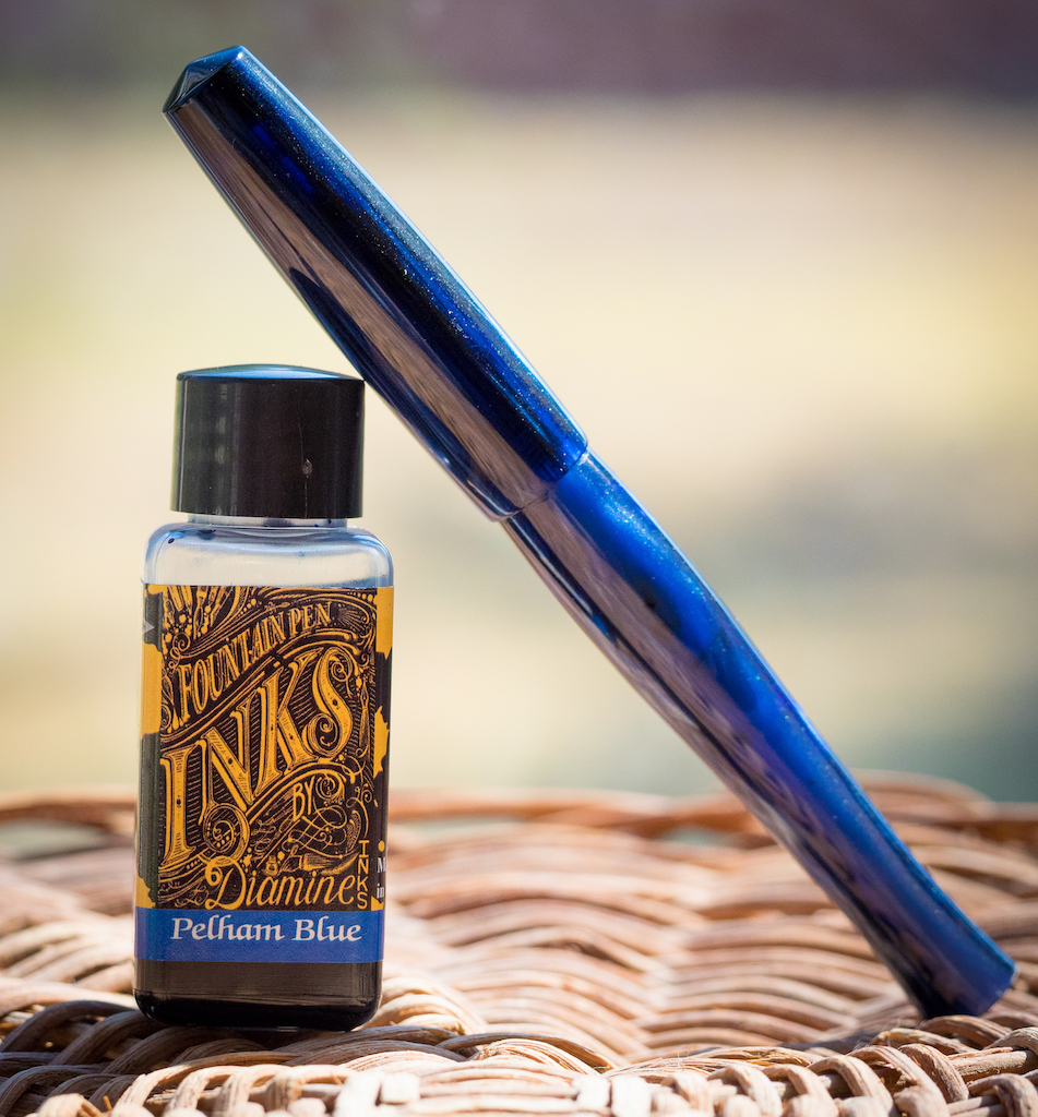 Diamine Gibson Les Paul Guitar Ink Pelham Blue Burst