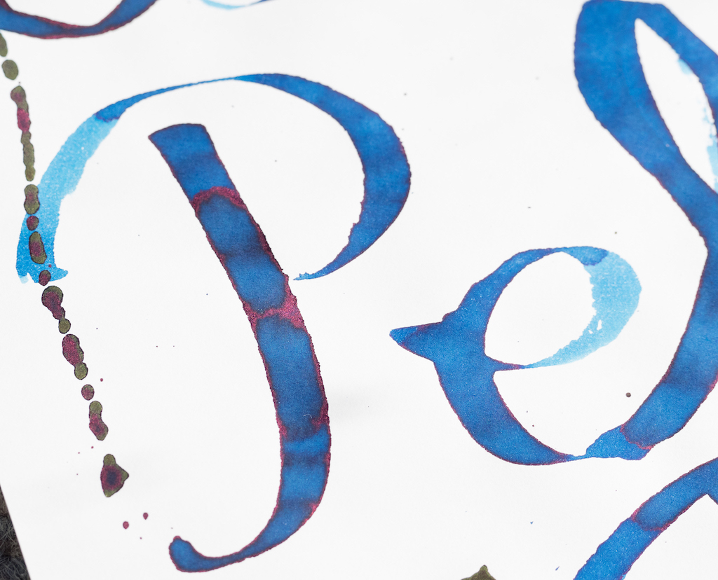 Diamine Gibson Pelham Blue Burst Close Ink