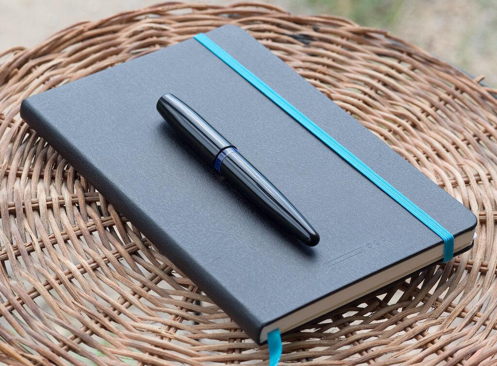 Karas Kustoms Vertex Fountain Pen Review