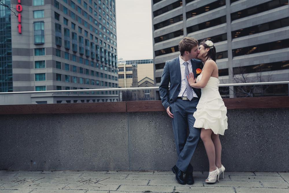 Toronto_Wedding_Photography_City_Hall_Wedding.jpg