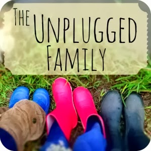 See Cassandra's review of Draw-Write-Now on her blog, The Unplugged Family.