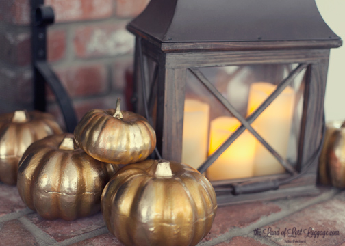 Once everyone is all dry, pile these around for instant fall charm. Love the hint of orange glow in the dips.