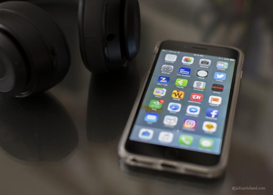 iPhone 7plus; Black.