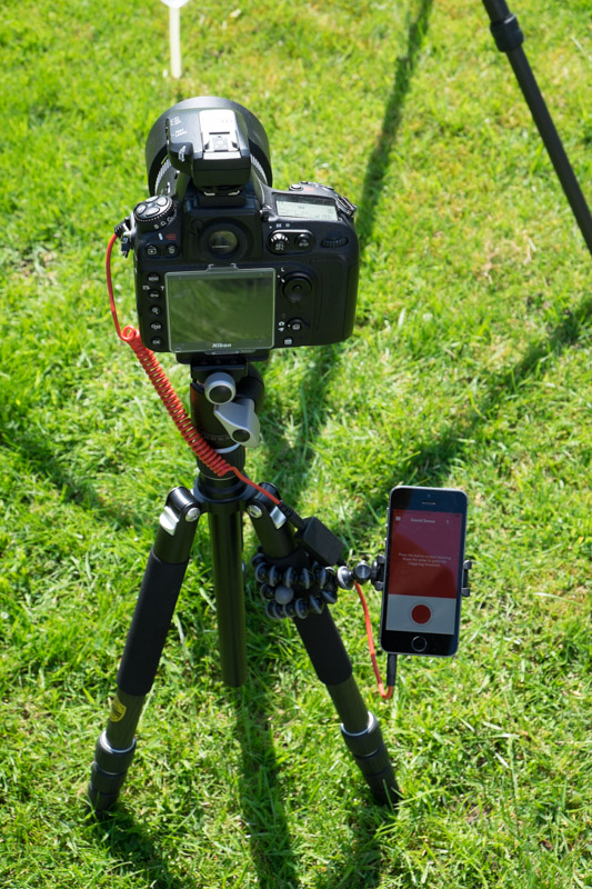 Trigger Trap for mobile connected to Nikon D800