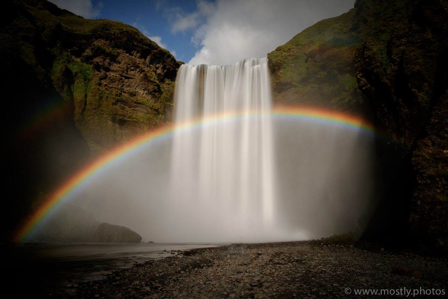 Fuji X-T1 - Icelands waterfalls don't get more famous than the beautiful Skogafoss