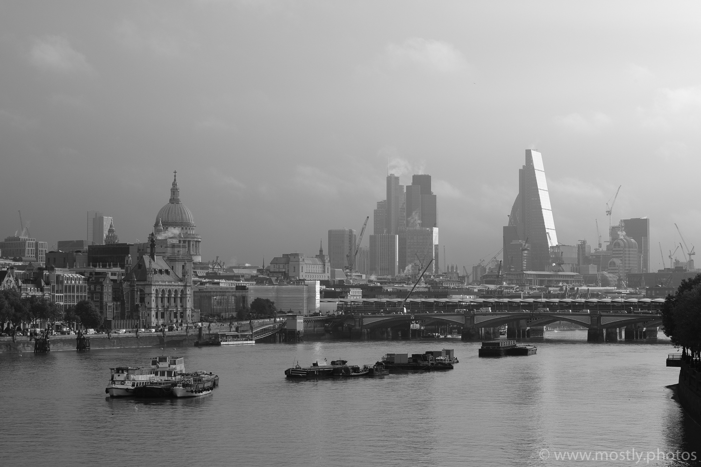 Fuji X-T2 - City of London - Fuji ACROS Film Simulation