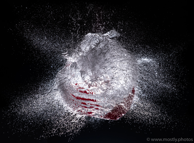 Fuji X-T2 - Water Balloon Burst