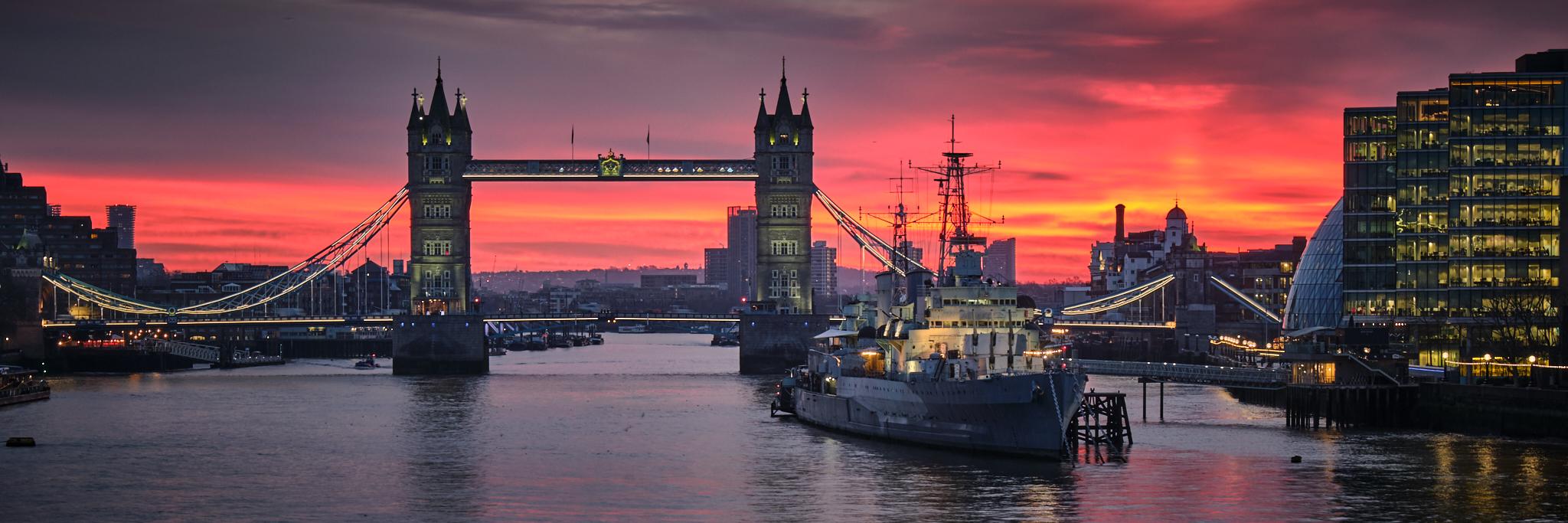 Tower Bridge at dawn Fuji X-T3 and 16-55mm