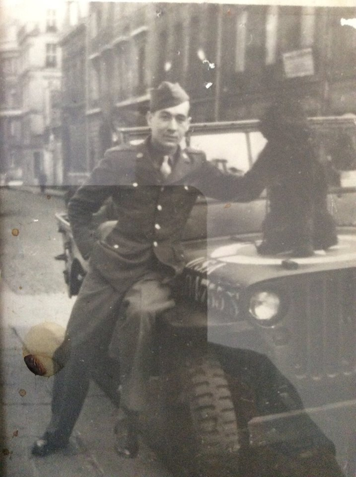 Walter in a liberated Paris
