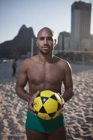06_Volleyball_Player_2.jpeg