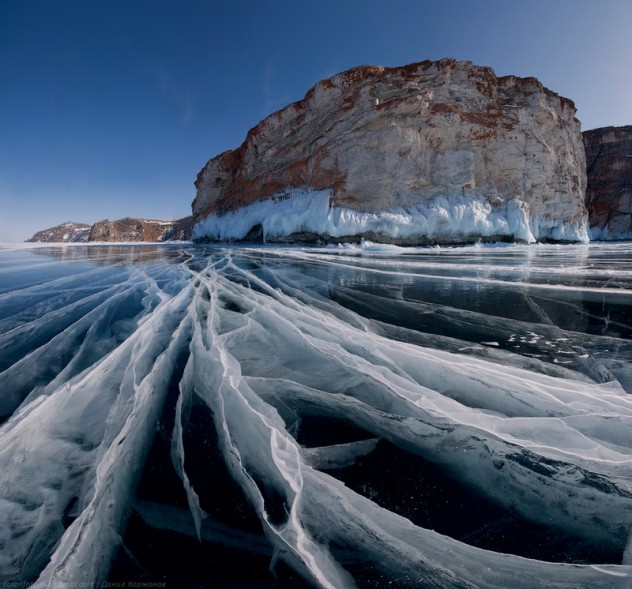 Ice-on-Lake-Baikal-07-632x589.jpeg