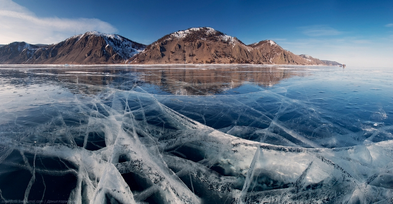Ice-on-Lake-Baikal-08.jpeg