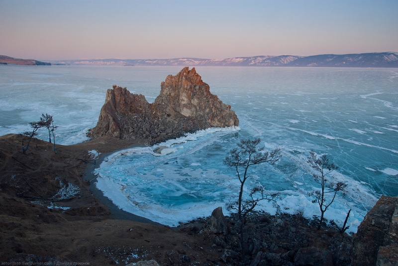 Ice-on-Lake-Baikal-05.jpeg