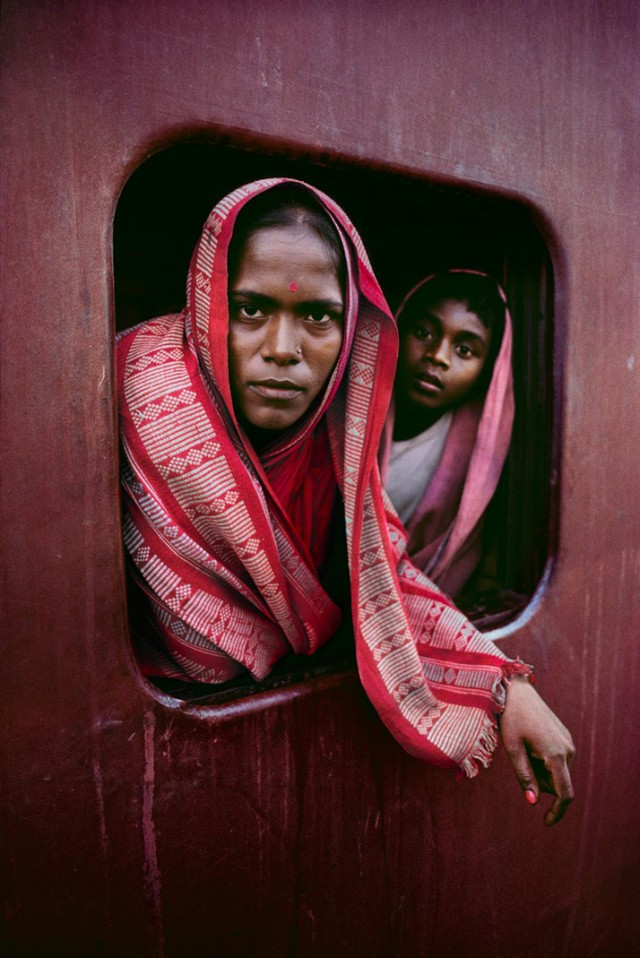 Trains-Steve-McCurry9-640x958.jpeg