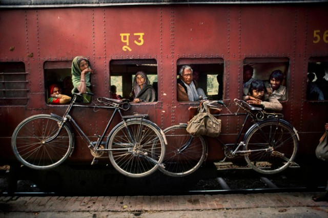 Trains-Steve-McCurry16-640x427.jpeg