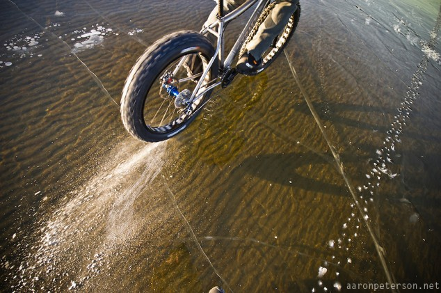 Ice-biking-on-Lake-Michigan-06-634x421.jpg