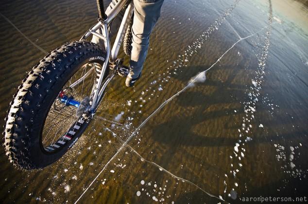 Ice-biking-on-Lake-Michigan-05-634x421 (1).jpg