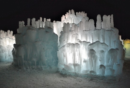 Brent-Christensen-Ice-Castle4-550x372.jpg