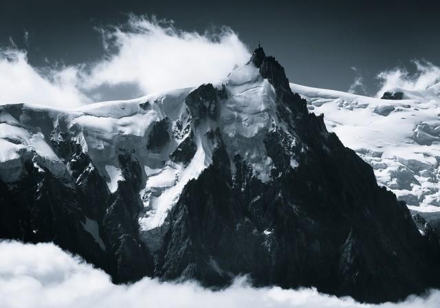 Mountains-of-Mist121-640x448.jpg