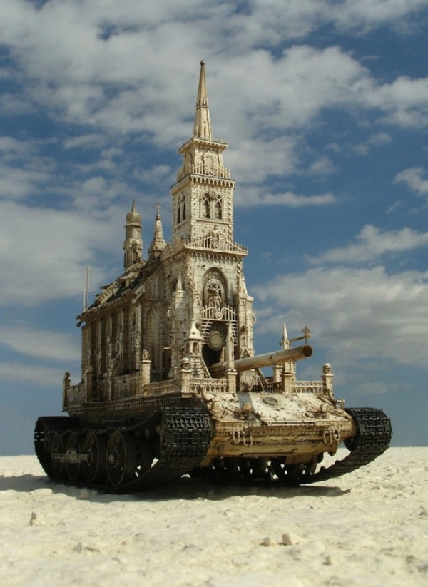 churches-tanks-by-kris-kuksi-01-600x823.jpg