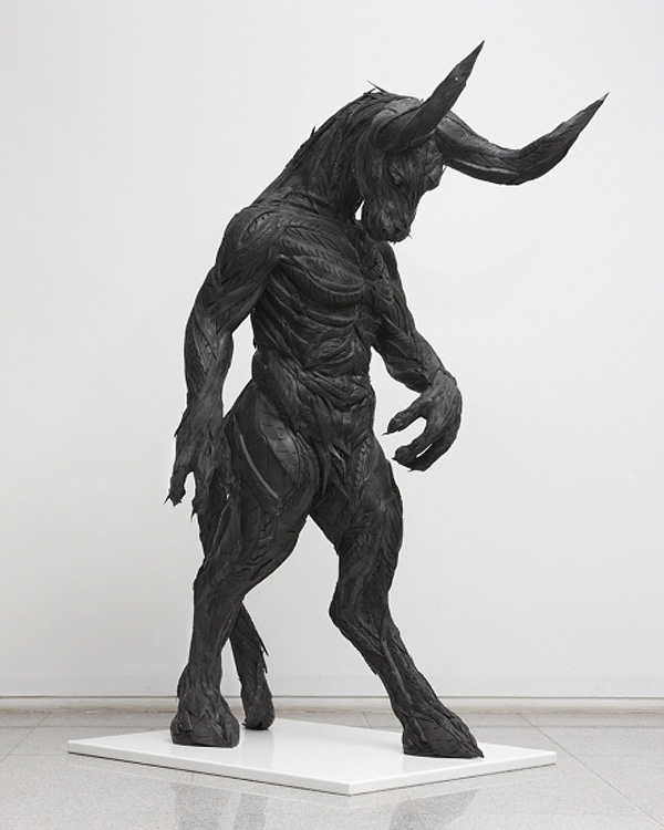 Yong-Ho-Ji-tire-sculptures-10.jpg