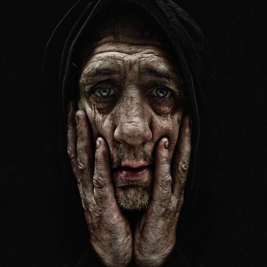 portraits-of-the-homeless-lee-jeffries-2.jpg