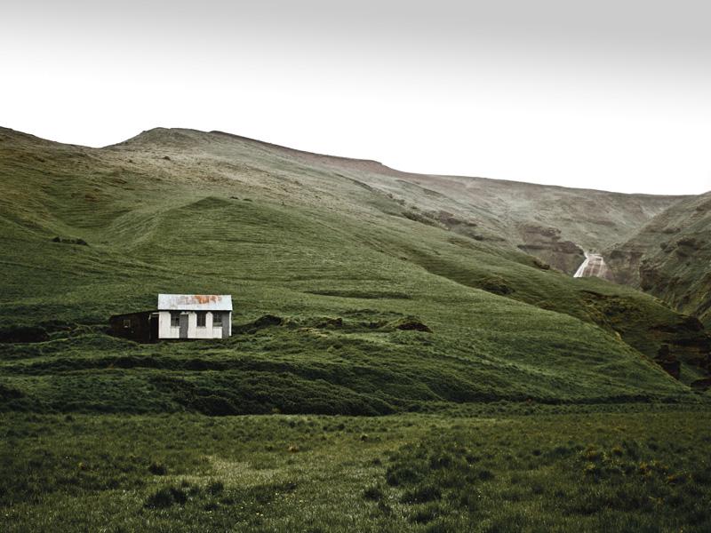 abandoned-iceland-houses-3.jpg