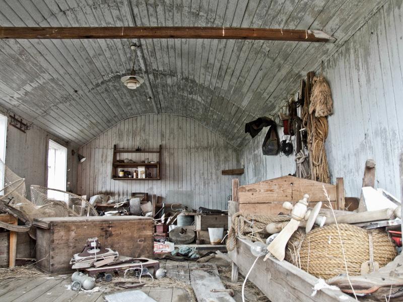 abandoned-iceland-houses-5.jpg