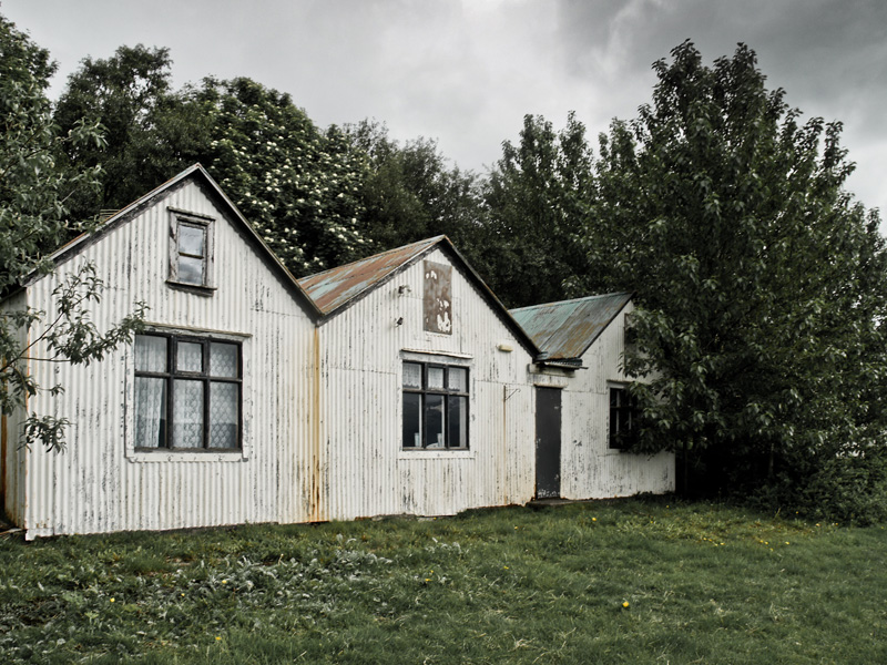 abandoned-iceland-houses-7.jpg