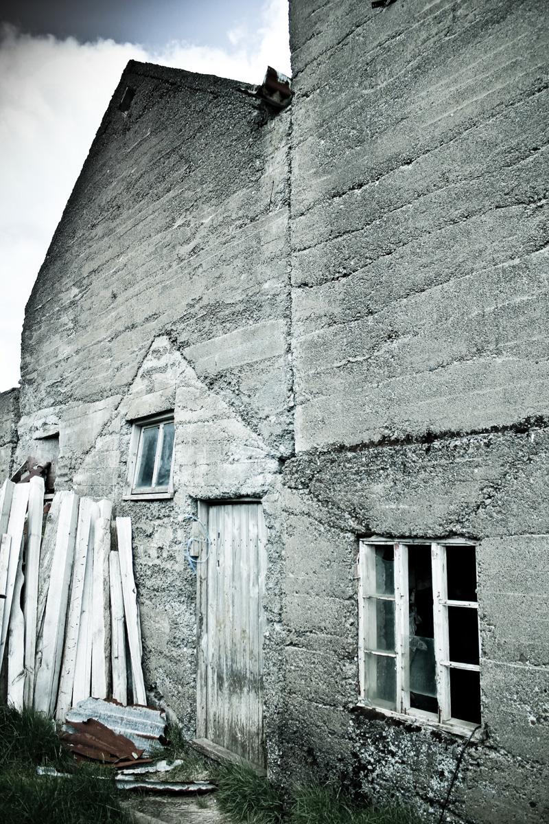 abandoned-iceland-houses-8.jpg