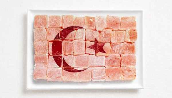 turkey-flag-made-from-food-600x341.jpg