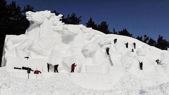 sapporo-Snowman_Festival-15.jpg