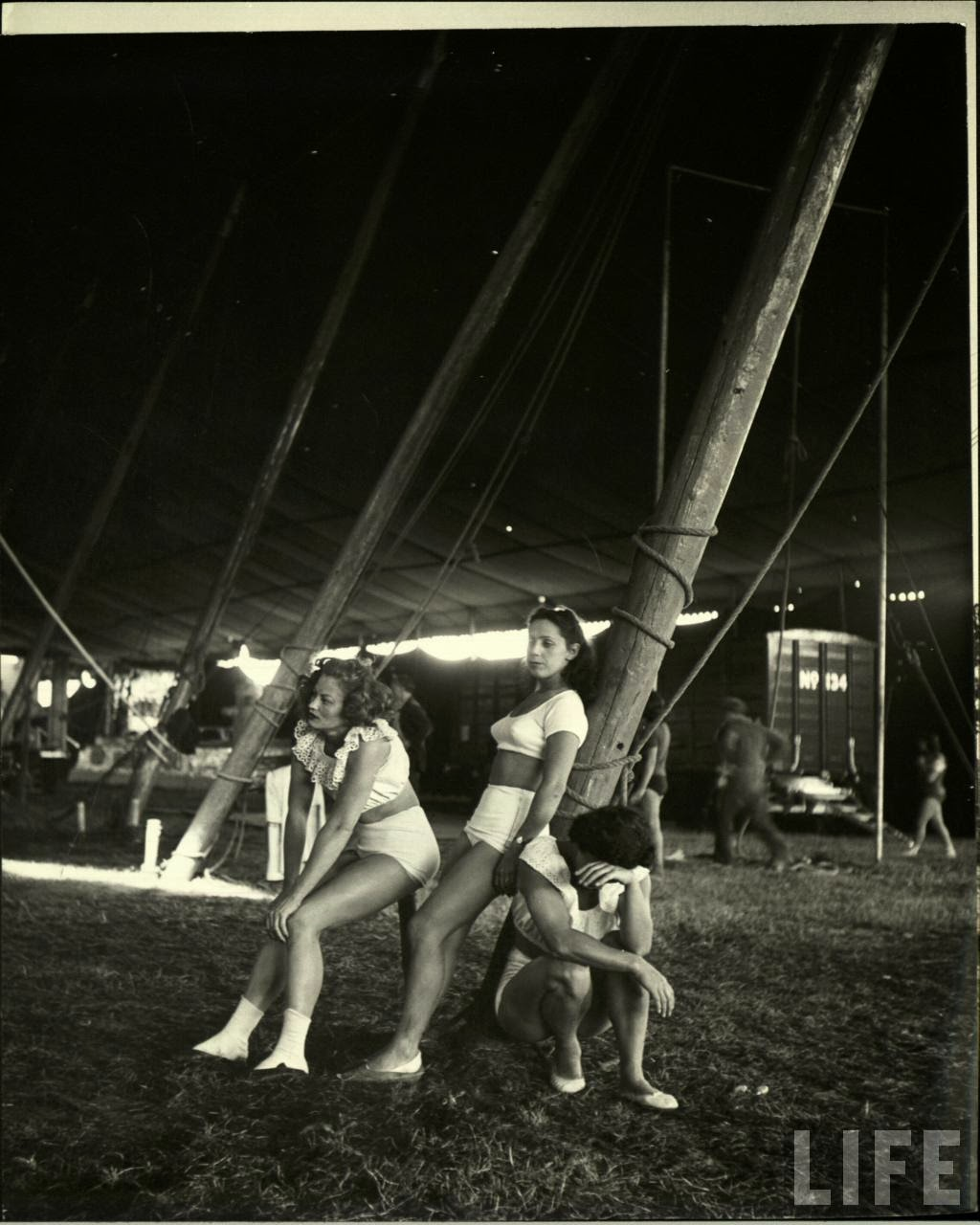 Daily Life of Circus Girls in Sarasota, Florida, ca. 1949 (2).jpg