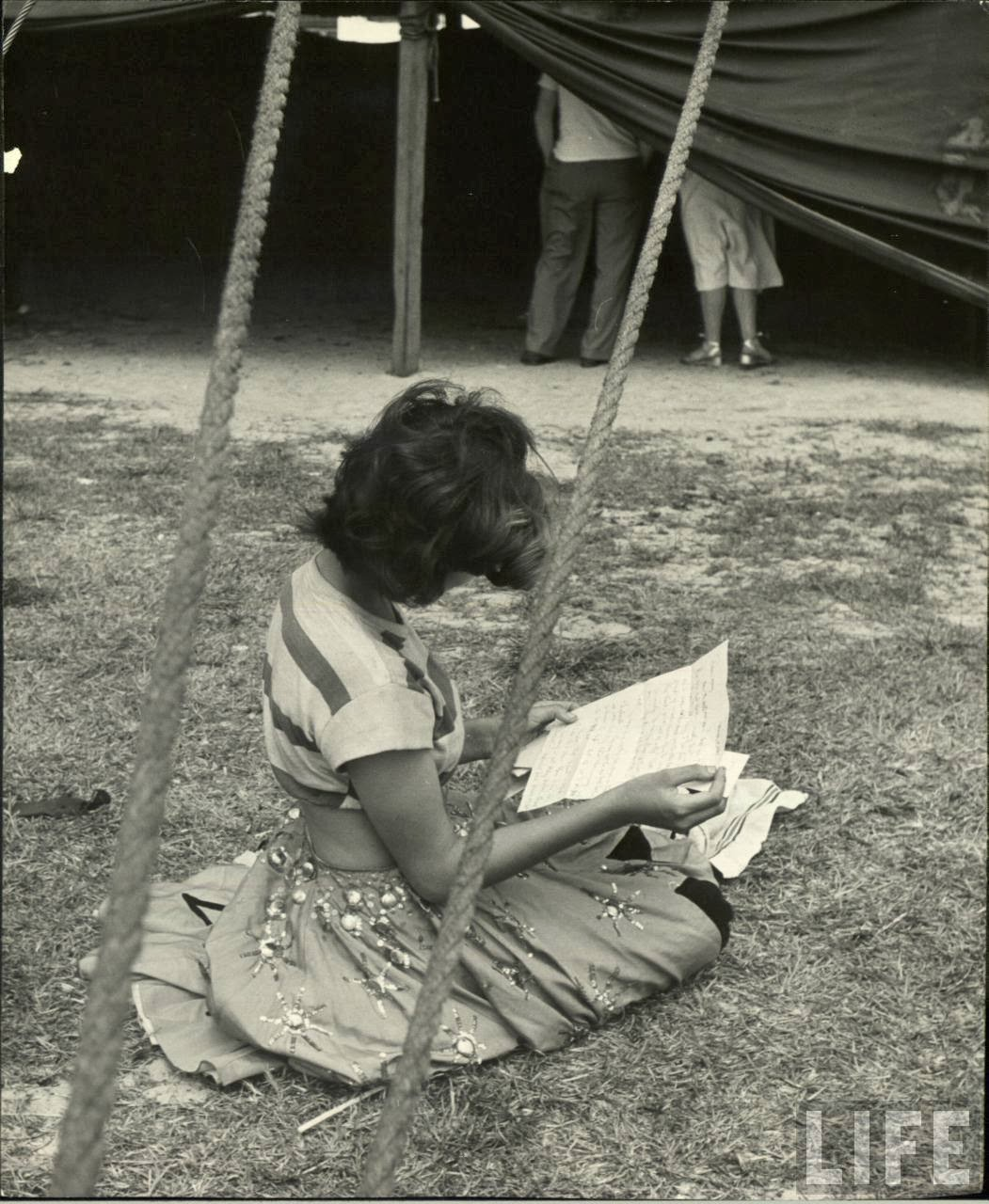 Daily Life of Circus Girls in Sarasota, Florida, ca. 1949 (5).jpg