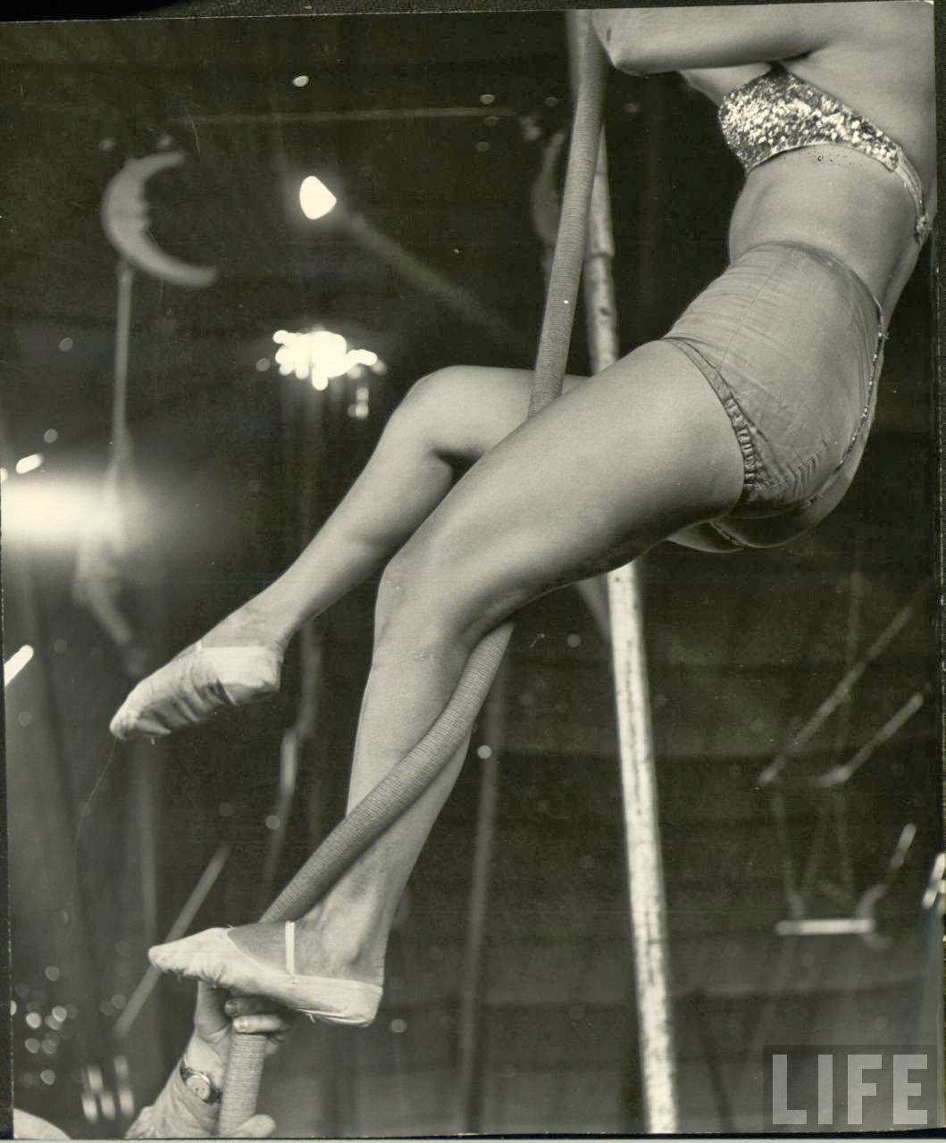 Daily Life of Circus Girls in Sarasota, Florida, ca. 1949 (9).jpg