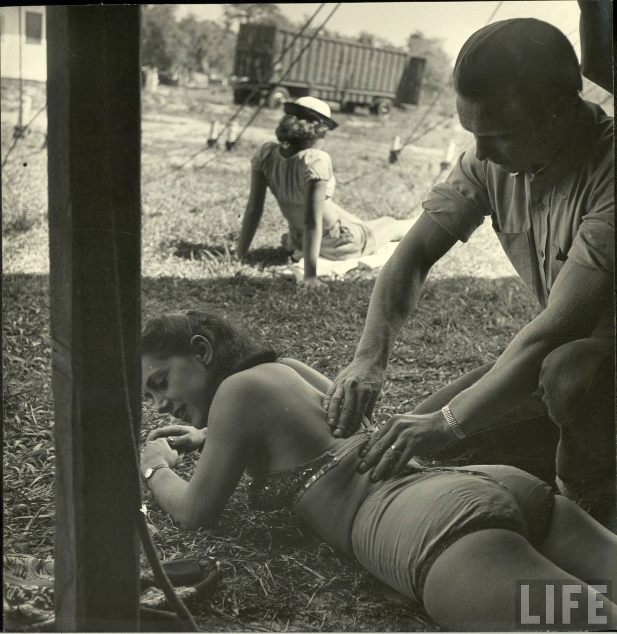 Daily Life of Circus Girls in Sarasota, Florida, ca. 1949 (15).jpg