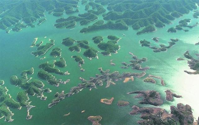 Lost-City-found-Underwater-in-China-10-640x404.jpg