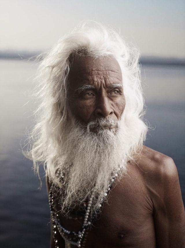 Holy-Men-Of-India19.jpg