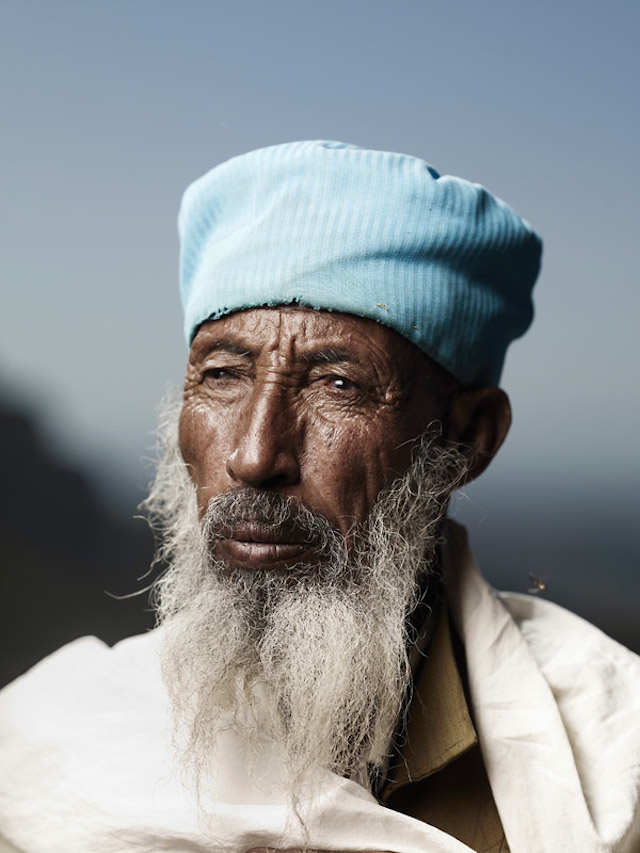 Holy-Men-Of-India13.jpg