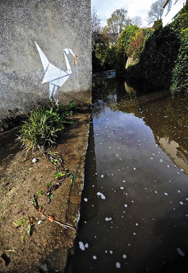Art-Attack-origami-crane-7.jpg__600x0_q85_upscale.jpg