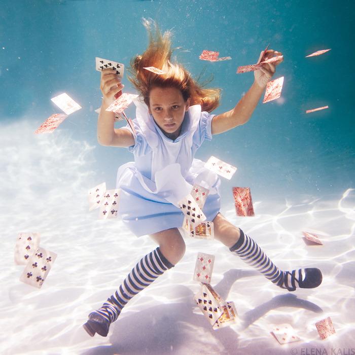 underwater_alice11.jpg