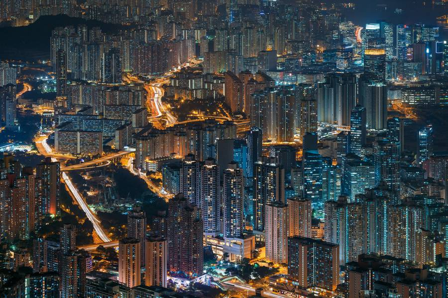 hongkongabovenight3-900x600.jpg