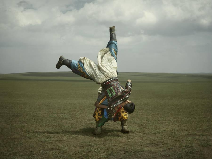 mongolianwrestlers0-900x675.jpg